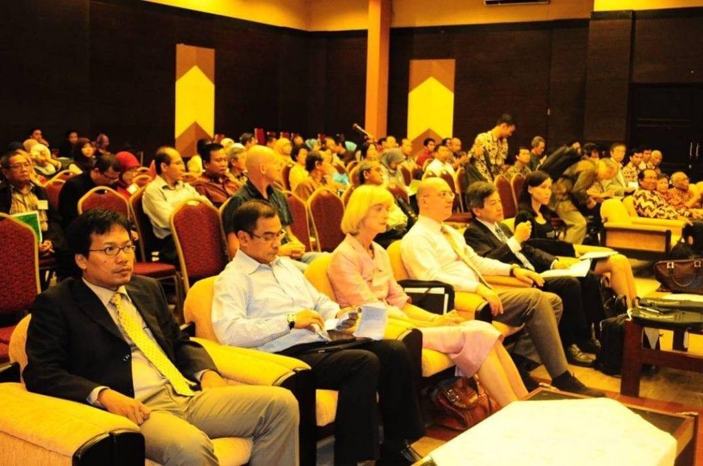 Penyelenggaraan The 3rd International Symposium of Indonesian Wood Research Society (2011) di Jogjakarta oleh Departemen THH bekerjasama dengan Masyarakat Peneliti Kayu Indonesia (MAPEKI)